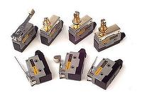D COMPACT ENCLOSED SWITCHES